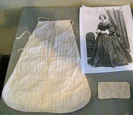 Abigail Adams dimity pocket discovery