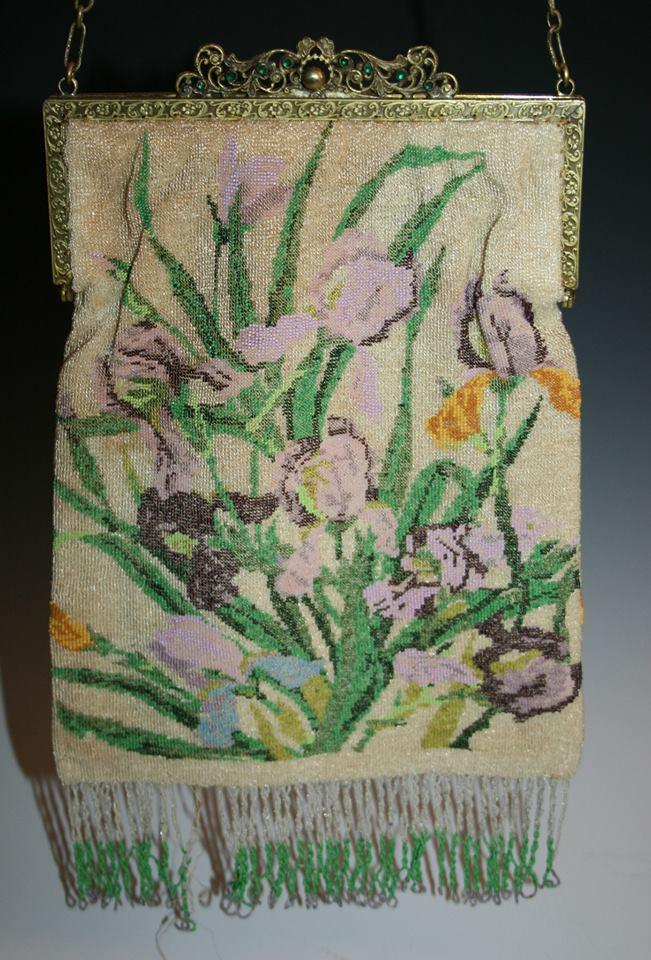 Micro beaded iris purse