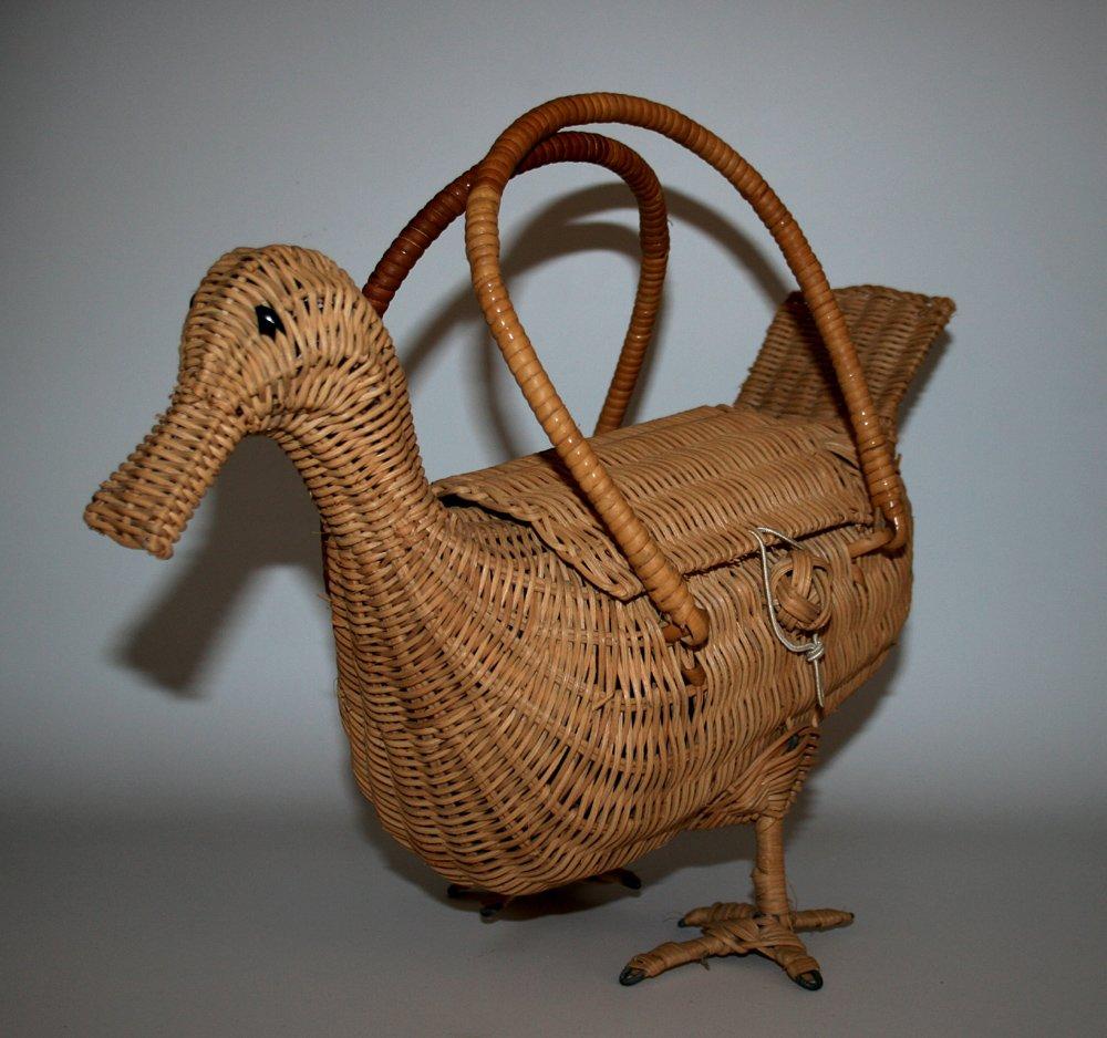 Wicker duck purse