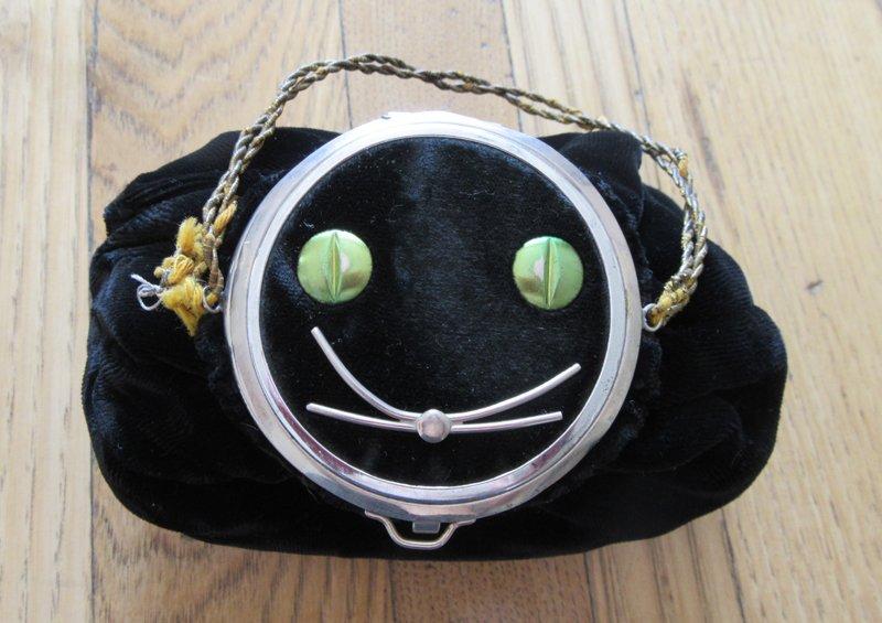 Black cat velvet purse
