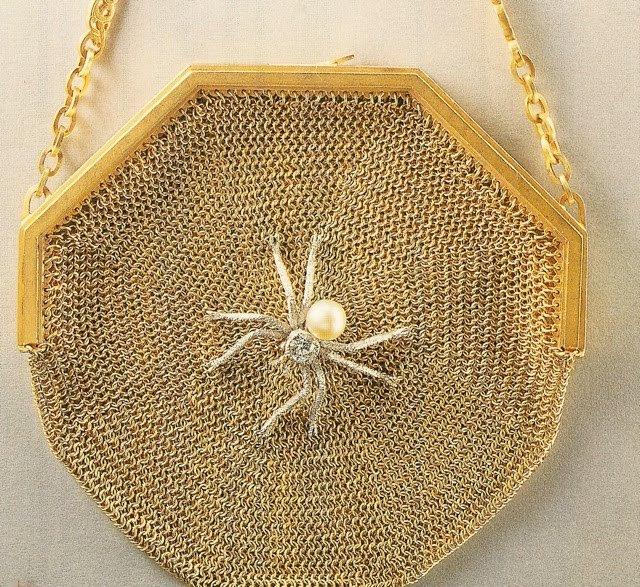 Spider purse
