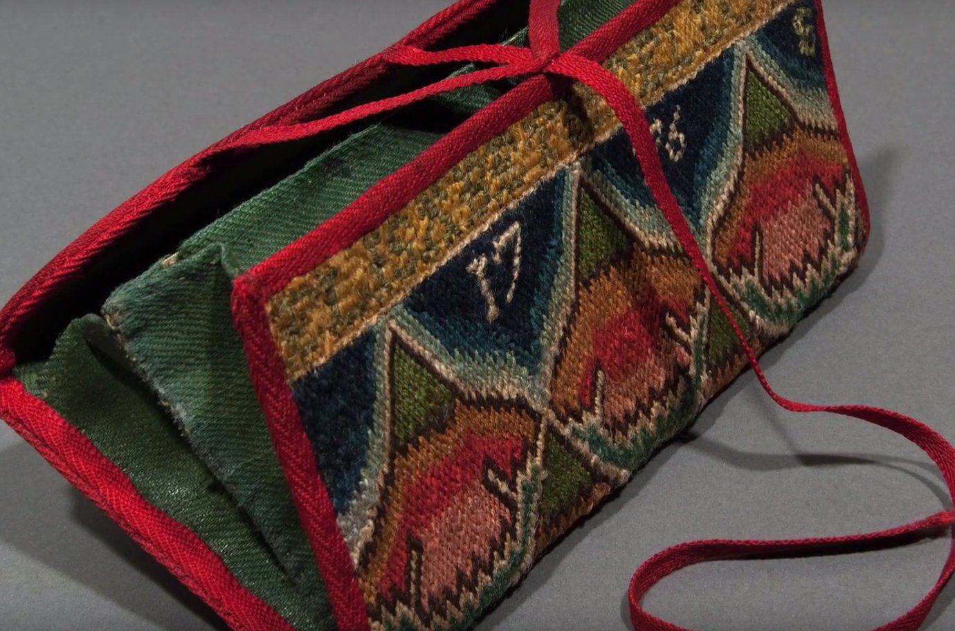 Highlights from the Fielding Collection of Early American Art: 1776 Pocketbook