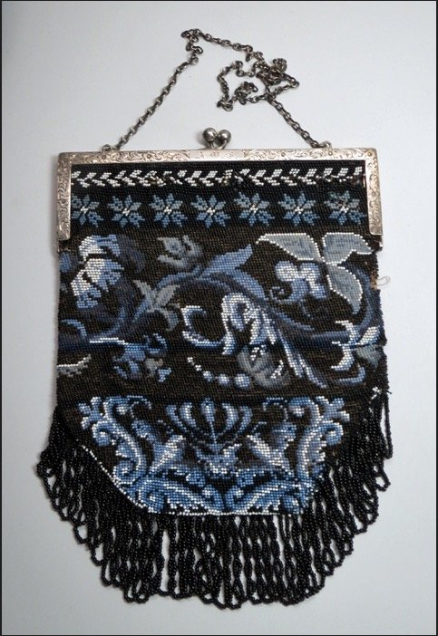19th Century Beaded Purse – Sterling Frame